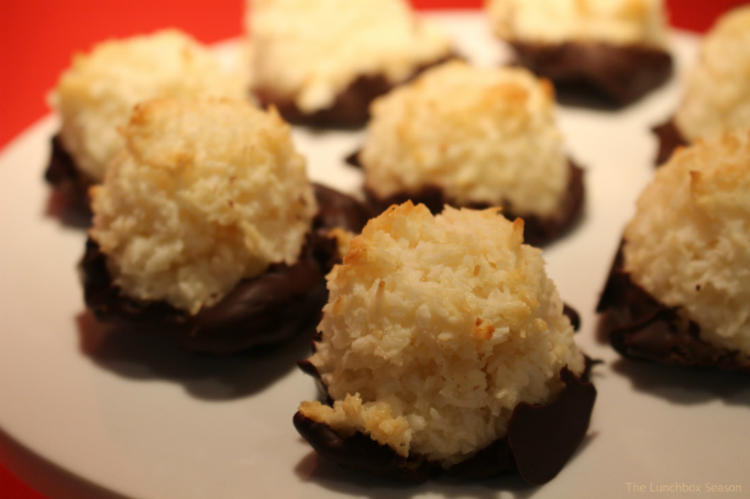 chocolate-dipped-coconut-macaroons-recipe-on-the-lunchbox-season